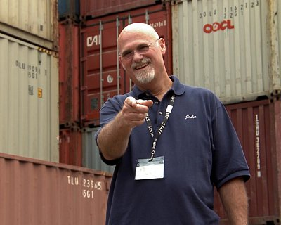 Container-Wars-John-Kunkle-Auctioneer