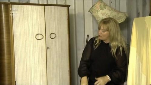 Linda wardrobe