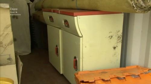 vintage kitchen unit & Storage Hunters UK: Episode 7 - Glasgow - Online Storage Auctions